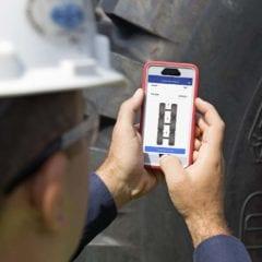 Goodyear monitorea el desempeño de sus neumáticos