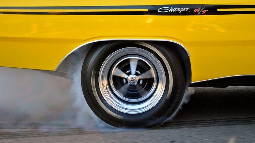 Neumáticos quemándose